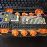 開発中の戦車型ロボット