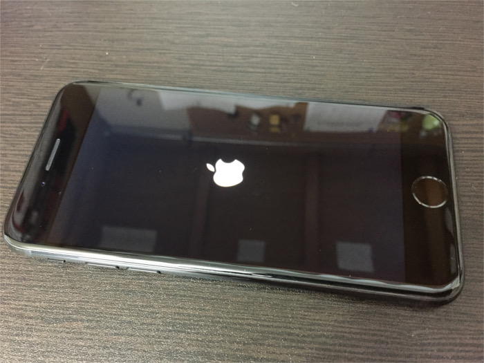iPhone7の表面