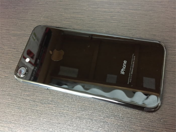 iPhone7の裏面
