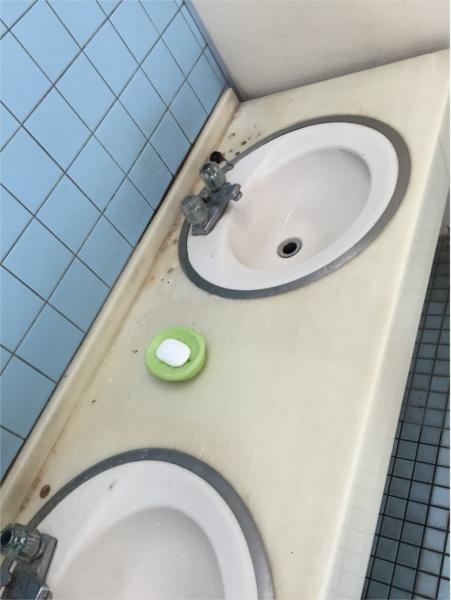 汚すぎるトイレ2